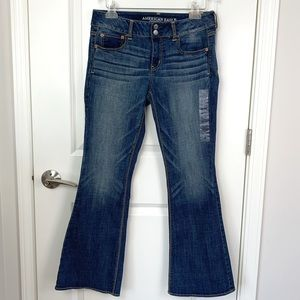 NWT American Eagle Artist Flare Jeans 10P
